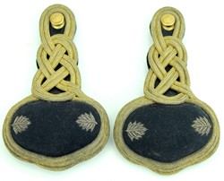 Post War - Lt Col. Shoulder Boards/Knots