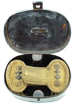 Naval Lt. Commander epaulettes in original tin