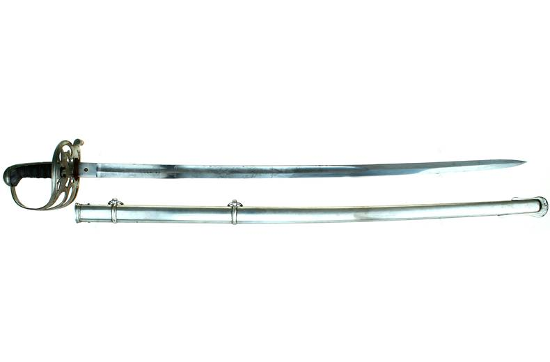 Non Regulation Staff & Field Sword - Presentation - no name.